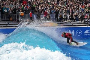 hacer surf en madrid con citywave